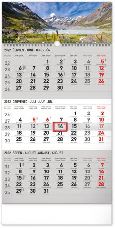 Nástenný kalendár 3–mesačný Krajina šedý – s českými jmény CZ 2022, 29,5 × 43 cm
